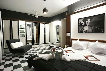 Bollywood suite 2 Bedroom Near BKC - Bombay