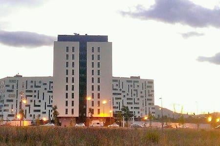 Apartamento con plaza de garaje. - Apartment