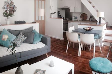 appartement de 65m2 en duplex. - Wohnung