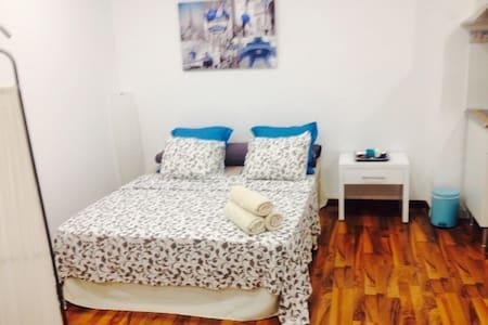 zwischenmiete ibiza wohnen auf zeit airbnb ibiza. Black Bedroom Furniture Sets. Home Design Ideas