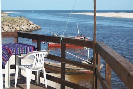 Apartamento frente al mar, todo el año. - Byt