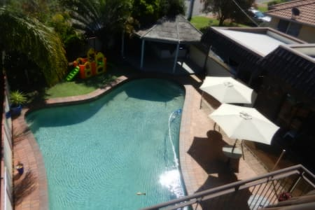 Lake Haven Escape, 90 mins from CBD - Pet friendly - Lake Haven - Aamiaismajoitus