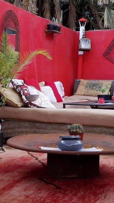 Zen !!! Sur la terrasse .....