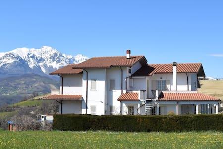 Villa Collecimino apt 2 - Wohnung