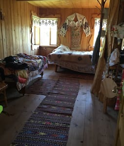 Culture, Colors & Ethno Adventure - Verkhovyna - Bed & Breakfast