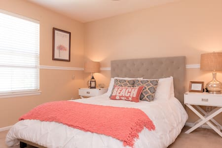 Luxury Comfy, Newly Decorated Suite - Parker - Casa