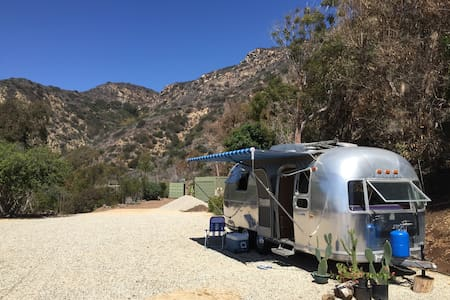 Malibu Airstream steps to beach - Camping-car/caravane