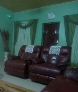 Cozy Private room in Accra Ghana - East Adentan - Dom