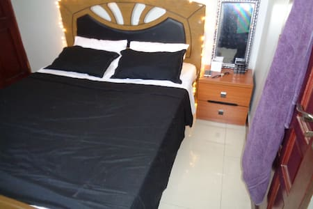 Furnished bed and breakfast. - Dar es Salaam - Bed & Breakfast