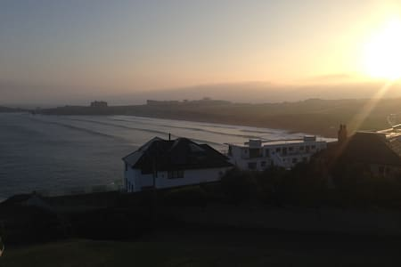 Whole house Pentire Headland (Pool from May-Oct) - Newquay - Rumah