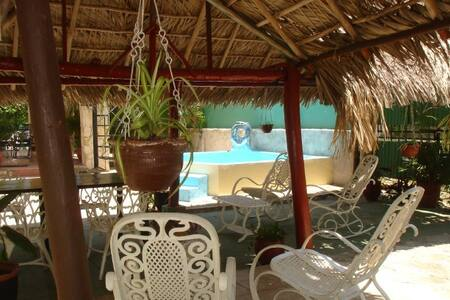 Great House with pool and ocean view. 3 rooms - Casa