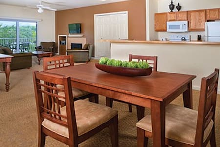 Lake of the Ozarks 1BR, FREE WiFi! - Osage Beach