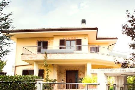 B&B Casa Ciarpella - Provincia di Fermo
