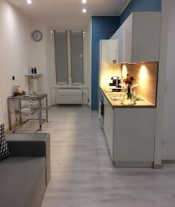 Stunning Studio down town Milan - Lejlighed