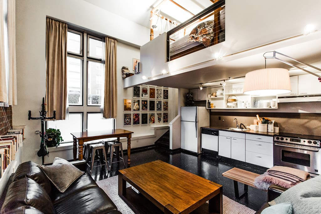 Artist 39 S Loft In Downtown Seattle Apartments For Rent In