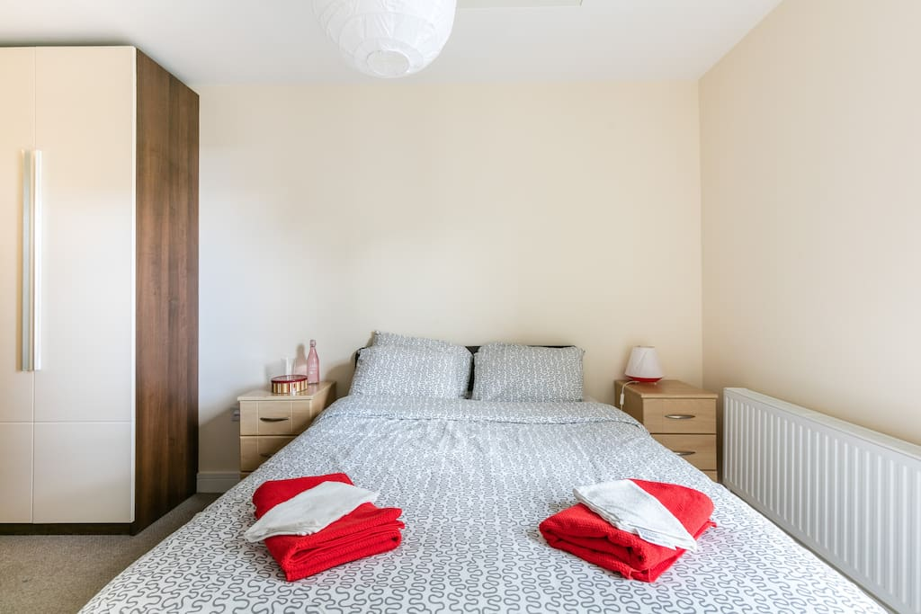 En-Suite Double Room with Private Bathroom