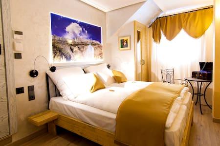 Habitación temática, desayuno. Entre mar y montaña - Busot - Hotel boutique