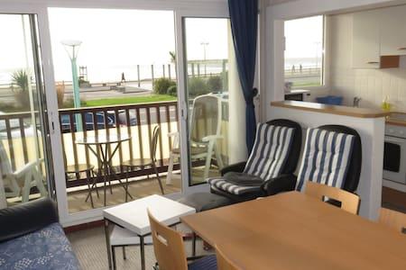 appartement face à la mer - Apartmen