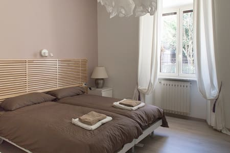 Fully furnished apartment - Rom