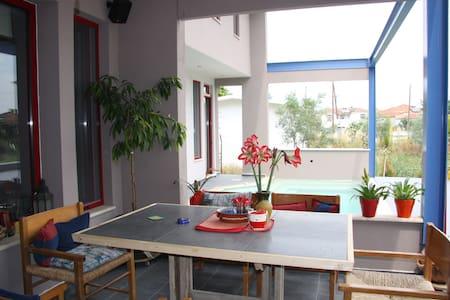Το σπίτι με τα αρωματικά φυτά - Ammoudia - Villa