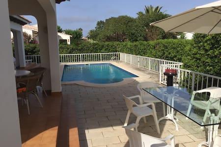 Splendida villa indipendente - S'algar