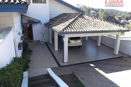 Casa de Campo em Condomínio Fechado - Cajamar - Cabana