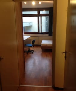 Room for Oktoberfest Rental - Leilighet