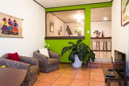 Cozy private apartment - San José