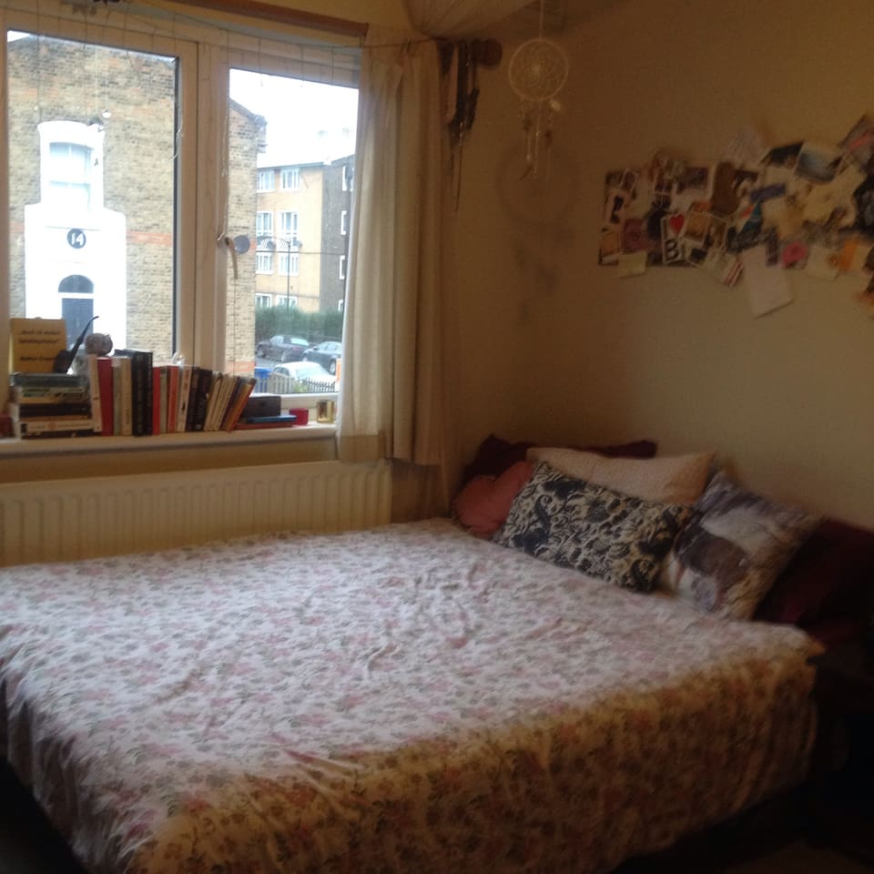 Gorgeous room in South East London!