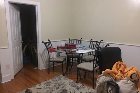 Simple, Cozy Living - Savannah