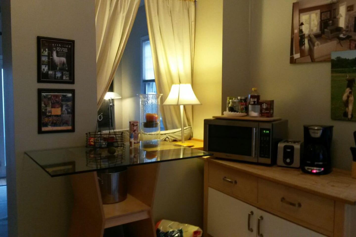 A Home away from Home,Lakeview 2 bd