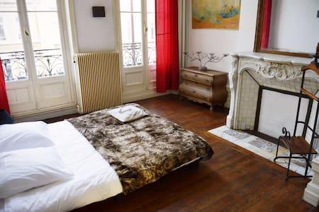 Appartement proximité vieille ville - Apartment