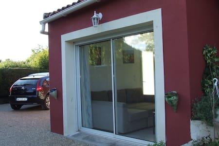 annexe studio rez de jardin - Dům pro hosty