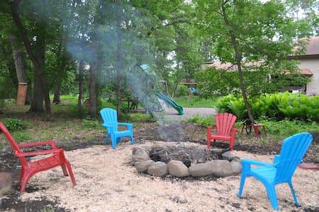 Hidden Oaks Cottage Retreat - Szoba reggelivel
