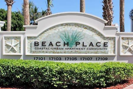 Somewhere on the Beach! - Apartment