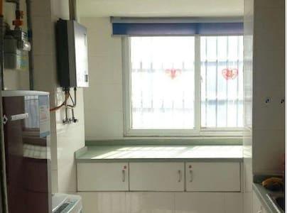 安福家园 2室1厅 98平米精装修 拎包入住
