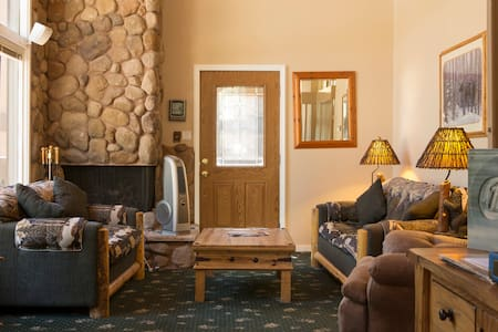 South Lake Tahoe comfy condo - Zephyr Cove-Round Hill Village - Appartement en résidence