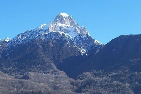Cascina in montagna - Blockhütte