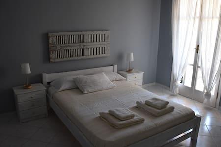 Studios Kostas / Double - Apartemen