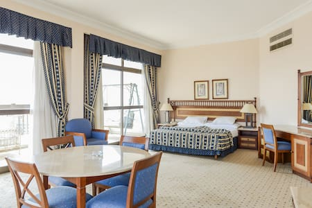 LUXURY-COSY-SERVICED-NILE VIEW - Zamalek - Byt