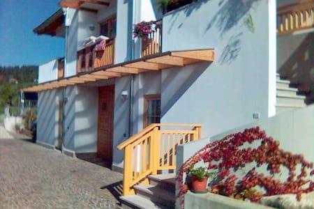 Villa Cristina vista spettacolare - Rumah