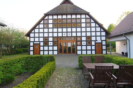 Lovely apt in historical farmhouse! - Bremen - Pis