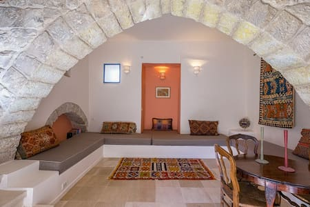 The Way Inn's Suite 'Hod' (4) - Safed - Bed & Breakfast