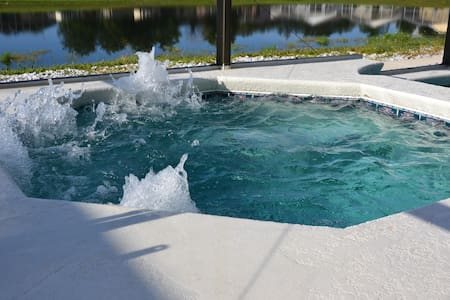 Great 4BR South facing pool villa - House