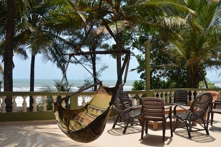 Beach facing Spacious Penthouse @ Ashvem Beach - Appartement