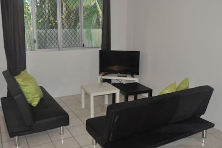 Rainbow Beach 2 bed room unit - Apartment