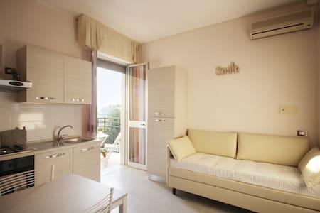 Residence Magenta a 60 mt dal mare - Leilighet