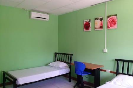 Cómoda habitación  2 a 3 personas - Bed & Breakfast