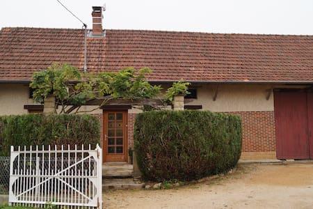 Maison   de type bressane - Ratenelle - Dům