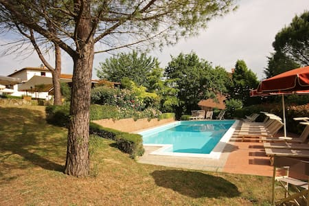 Toscana Romantica - Junior Suite Tenuta il Burchio - Burchio - Bed & Breakfast